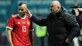 Станислав ЧЕРЧЕСОВ (справа) и Федор КУДРЯШОВ: кто будет играть в центре обороны сборной?