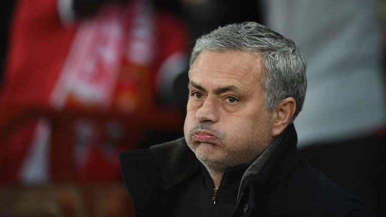 """Вторник. Манчестер. """"Манчестер Юнайтед"""" - """"Севилья"""" - 1:2. Жозе МОУРИНЬЮ. Фото AFP"""