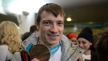 Еще один призер Олимпиады-2018 продает подаренный за медаль автомобиль