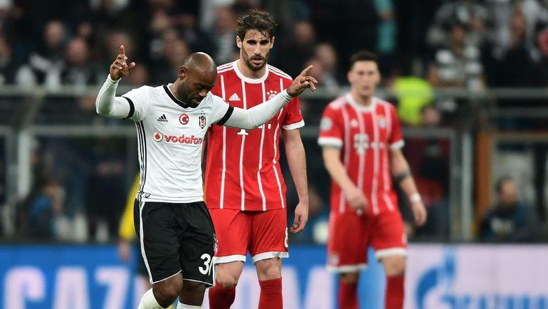"Среда. Стамбул. ""Бешикташ"" - ""Бавария"" - 1:3. 59-я минута. ВАГНЕР ЛАВ празднует гол в ворота мюнхенцев. Фото AFP"