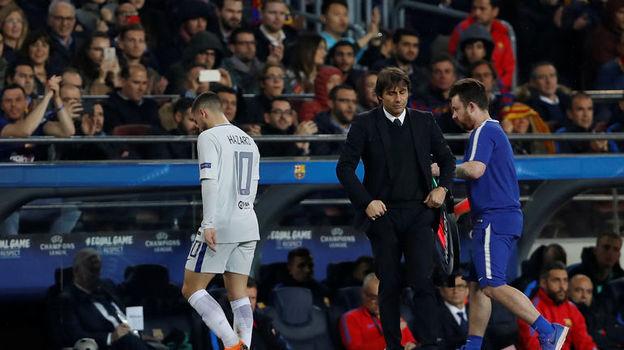 """Эден АЗАР (слева) и главный тренер """"Челси"""" Антонио КОНТЕ. Фото Reuters"""