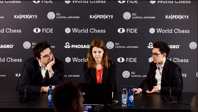 Владимир КРАМНИК (слева) и Фабиано КАРУАНА (справа) лидируют на турнире претендентов. Фото twitter.com/theworldchess