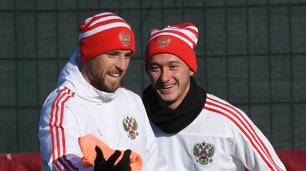 Дмитрий КОМБАРОВ и Антон МИРАНЧУК. Фото Александр ФЕДОРОВ, «СЭ»