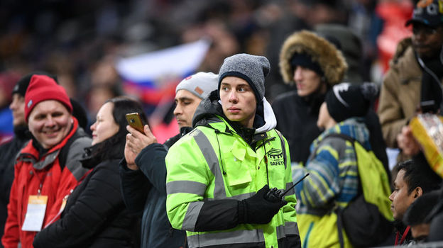 Пятница. Москва. Россия - Бразилия - 0:3. Фото Дарья ИСАЕВА, «СЭ»