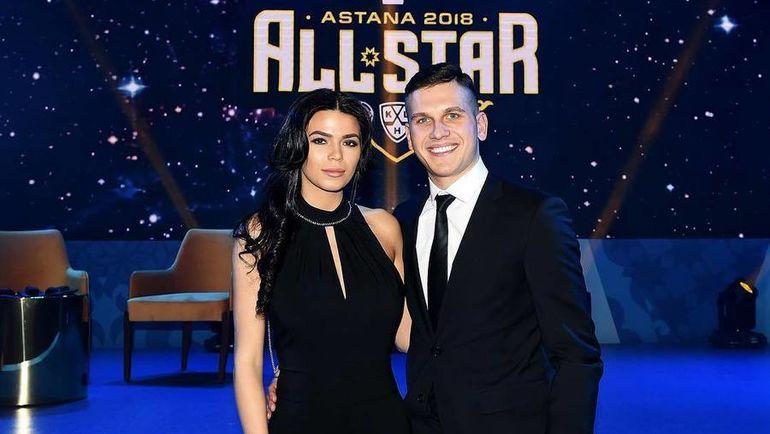 Павел ПАДАКИН с женой на матче всех звезд КХЛ. Фото instagram.com/