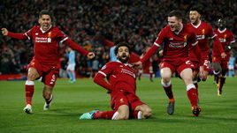 """Среда. Ливерпуль. """"Ливерпуль"""" - """"Манчестер Сити"""" - 3:0. Мохамед САЛАХ открыл счет и помог Садио Мане довести счет до разгромного."""