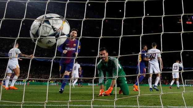 """Вчера. Барселона. """"Барселона"""" - """"Рома"""" - 4:1. Четвертый мяч в воротах гостей. Фото Reuters"""