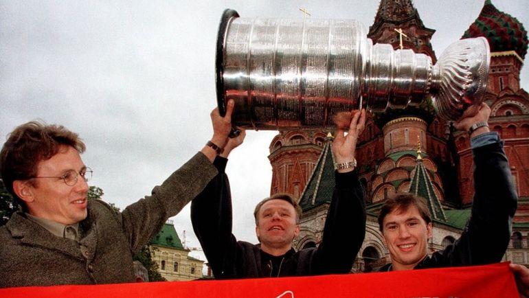 Как Кубок Стэнли побывал в самом сумасшедшем ночном клубе Москвы