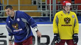 Александр РАДУЛОВ (слева) и Владимир ТАРАСЕНКО. Первый пока не принял решение об участии в ЧМ, второму мешает травма.
