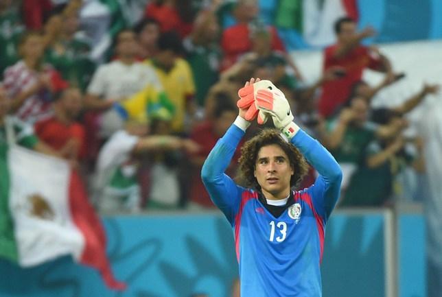 Вратарь сборной Мексики Гильермо ОЧОА Фото AFP