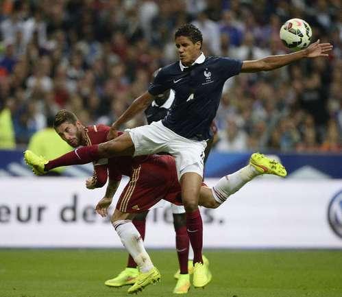 Защитник сборной Франции Рафаэль ВАРАН. Фото AFP