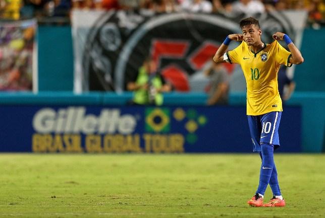 Нападающий сборной Бразилии НЕЙМАР Фото AFP