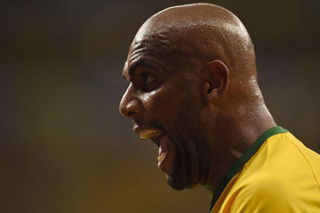 Защитник сборной Бразилии МАЙКОН Фото AFP
