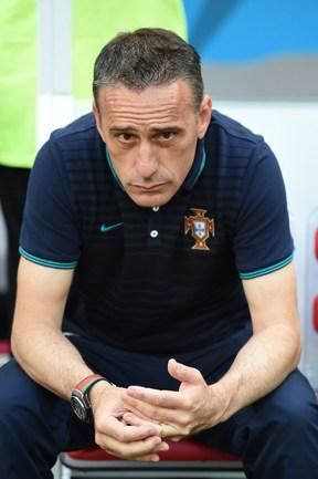 Главный тренер сборной Португалии Паулу БЕНТУ Фото AFP