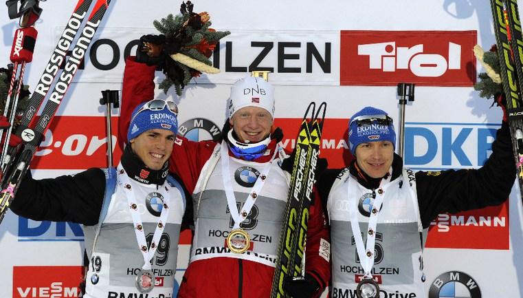 Сегодня. Хохфильцен. Спринт. Симон ШЕМП, Йоханнес БЕ, Андреас БИРНБАХЕР (слева направо) Фото AFP