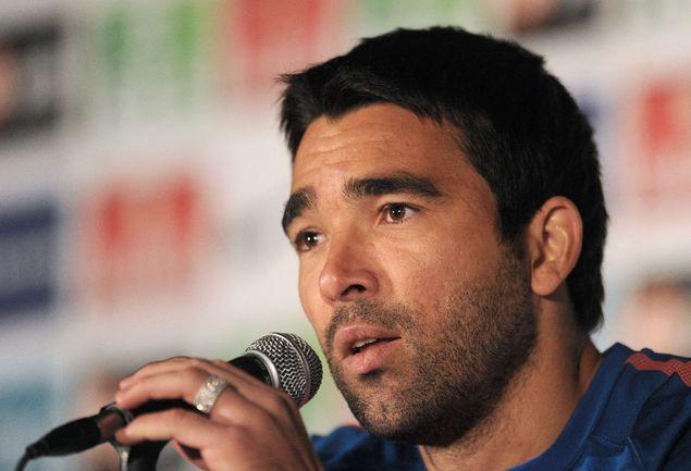 Бывший полузащитник сборной Португалии ДЕКУ Фото AFP