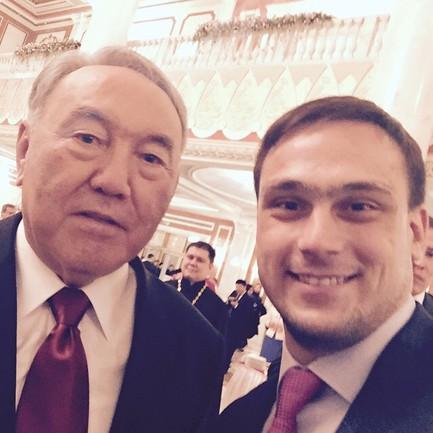 """Илья Ильин с президентом Казахстана: """"Селфи"""" года!"""" Фото @ilyailyin4ever"""