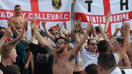 Столкновения английских фанатов с полицией и россиянами в Марселе стало одной из самых обсуждаемых тем во время Евро-2016.