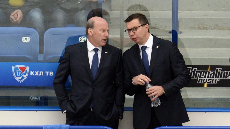 Майк КИНЭН (слева) и Илья ВОРОБЬЕВ. Фото Владимир БЕЗЗУБОВ, photo.khl.ru