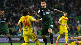 """Суббота. Краснодар. """"Краснодар"""" - """"Арсенал"""" - 3:0. Фол Анри ХАГУША на Федоре СМОЛОВЕ."""