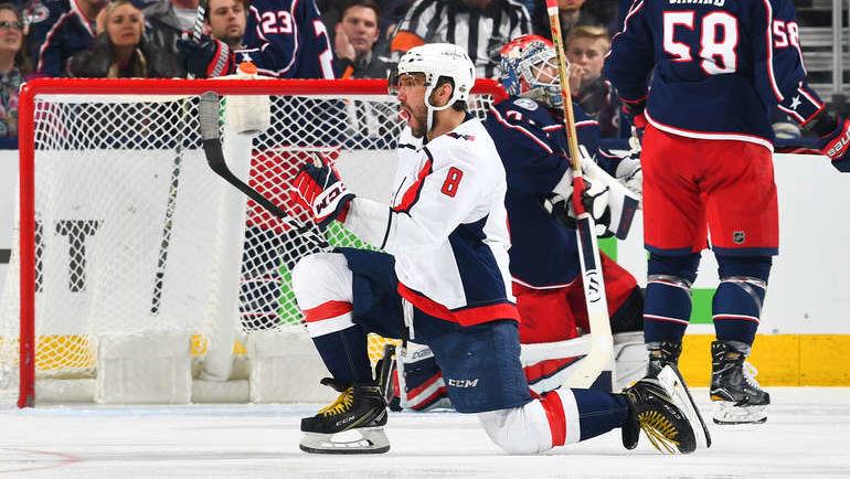 """Сегодня. Коламбус. """"Коламбус"""" - """"Вашингтон"""" - 1:4. Александр ОВЕЧКИН празднует заброшенную шайбу. Фото NHL.com"""