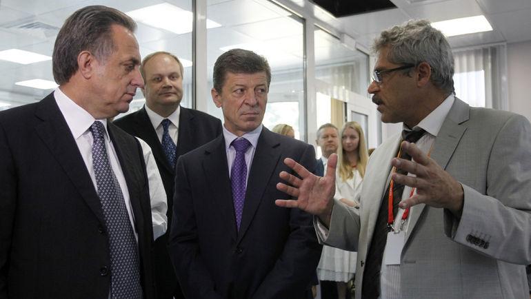 Григорий РОДЧЕНКОВ (справа).