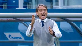 Роберто МАНЧИНИ может возглавить сборную Италии до конца мая.