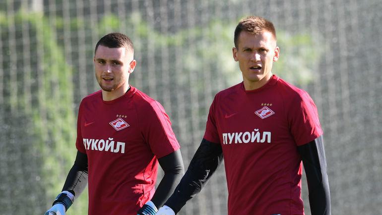 "Артем РЕБРОВ (справа) и Александр СЕЛИХОВ. Фото Александр ФЕДОРОВ, ""СЭ"""