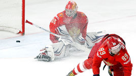 Четверг. Копенгаген. Россия - Канада - 4:5 ОТ. В игре Игорь ШЕСТЕРКИН.
