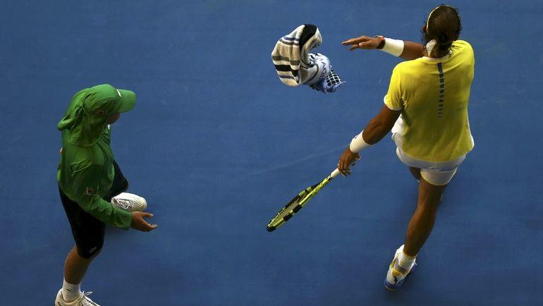 Рафаэль НАДАЛЬ (справа) против замены болбоев на вешалки. Фото Reuters