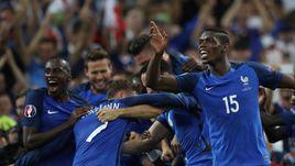 7 июля 2016 года. Марсель. Германия – Франция – 0:2. Радость французов после победы в полуфинале чемпионата Европы.