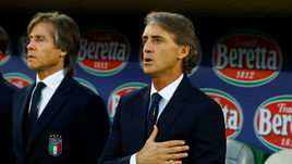Понедельник. Санкт-Галлен. Италия - Саудовская Аравия - 2:1. Новый главный тренер сборной Италии Роберто МАНЧИНИ.