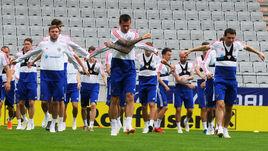 Вчера. Инсбрук. Футболисты сборной России готовятся к матчу с австрийцами.