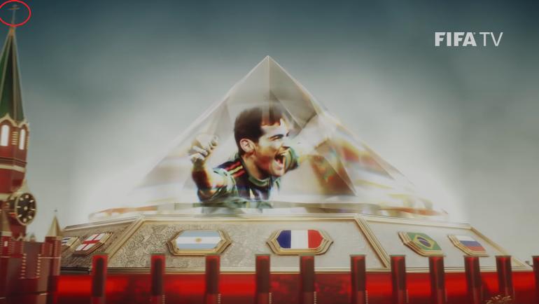 Крест на Спасской башне в ролике ФИФА.