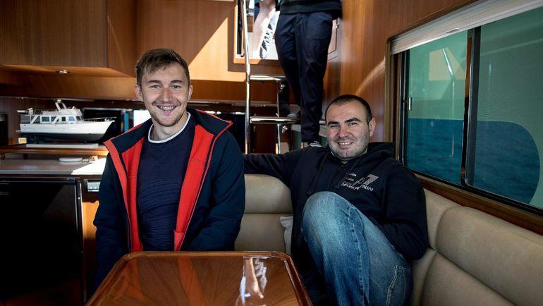 Сергей КАРЯКИН (слева) и Шахрияр МАМЕДЬЯРОВ. Фото AFP