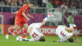 Алан ДЗАГОЕВ обыгрывает двух чехов на Евро-2012.