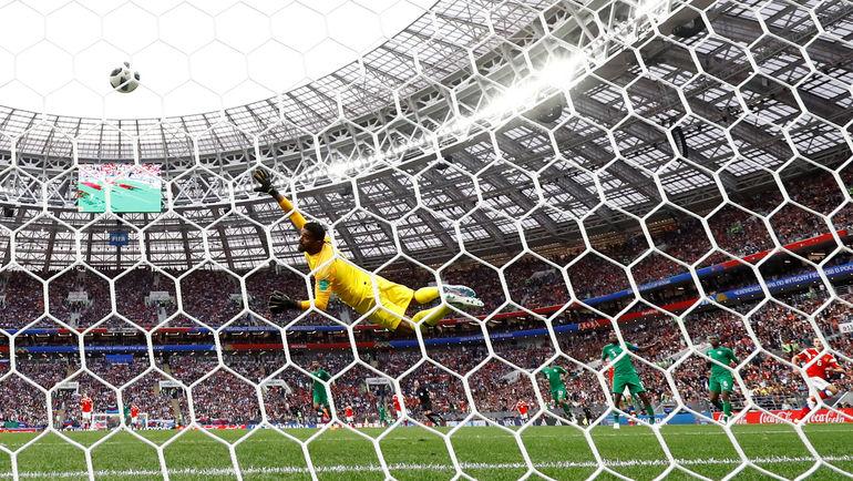 90+1-я минута. Второй гол Дениса ЧЕРЫШЕВА. Фото Reuters