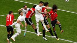 Пятница. Екатеринбург. Египет - Уругвай - 0:1. хосе ХИМЕНЕС забивает гол.