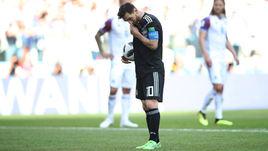 Суббота. Москва. Аргентина - Исландия - 1:1. Лионель МЕССИ перед пенальти, который он не смог реализовать.