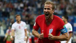 Понедельник. Волгоград. Тунис – Англия – 1:2. харри КЕЙН празднует второй гол в ворота соперника.