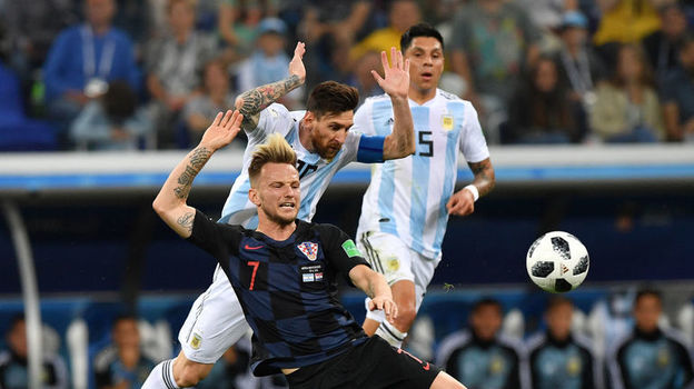 Безбожие. Месси только мешает Аргентине