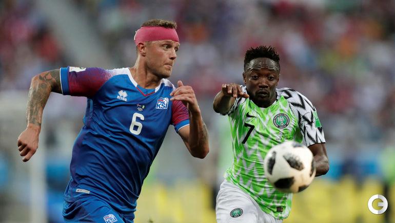 22 июня. Волгоград. Нигерия - Исландия - 2:0. Рагнар СИГУРДССОН и Ахмед МУСА.