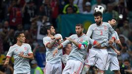 Сборная Испании, если сможет, избежит встречис Россией в первом раунде плей-офф ЧМ-2018.