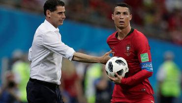 15 июня. Сочи. Португалия - Испания - 3:3. Фернандо ЙЕРРО и Криштиану РОНАЛДУ. Фото Reuters