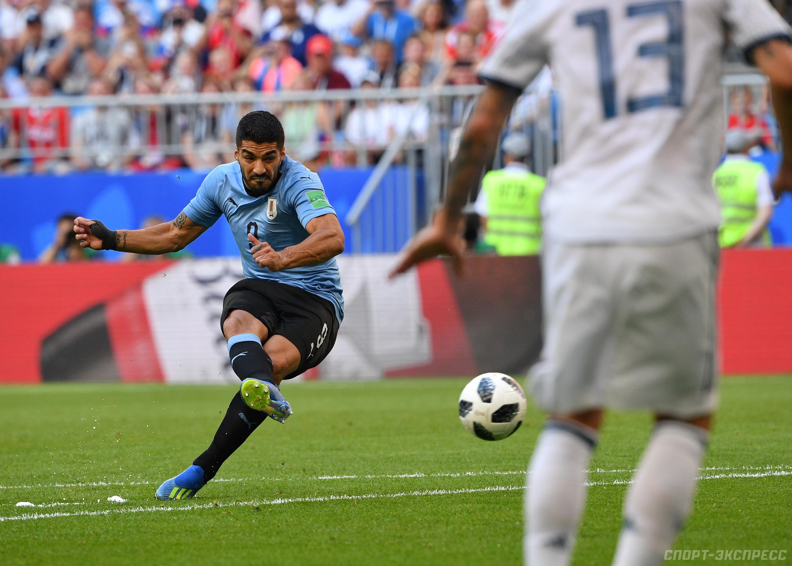 Футбол испания уругвай счет