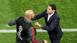 Понедельник. Калининград. Испания - Марокко - 2:2. Фернандо ЙЕРРО (справа) и Пепе РЕЙНА.