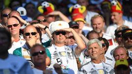 Среда. Казань. Корея - Германия - 2:0. Болельщики сборной Германии.