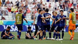 Сегодня. Волгоград. Япония - Польша - 0:1. Японцы вышли в плей-офф ЧМ-2018 за счет меньшего числа желтых карточек.