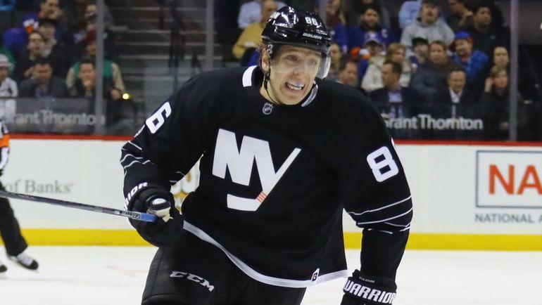 Николай КУЛЕМИН возвращается из Нью-Йорка в Магнитогорск и заработает 500 миллионов за три года. Фото AFP