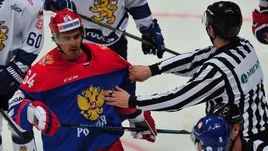 Наиль ЯКУПОВ (слева) продолжит карьеру в СКА.